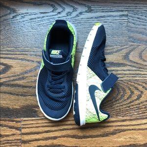 Navy & Neon Yellow Velcro Nike Shoes
